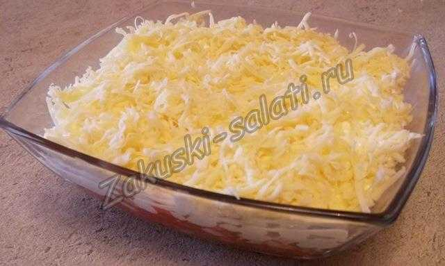 Салат сыр помидоры крабовые палочки кукуруза