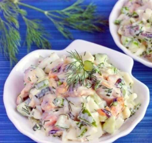 рецепт приготовления салата с морским коктейлем