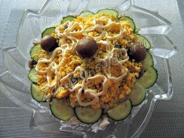 Салат с вареной курицей рецепт