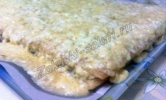 Закусочный торт наполеон с рыбной консервой