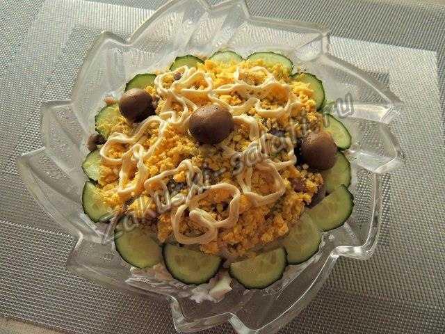 Вкусный и сытный салат рецепт