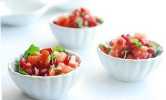 Красивая подача привычных салатов на праздник с фото