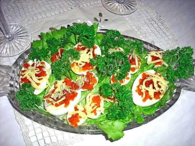 Фаршированные яйца перепелиные