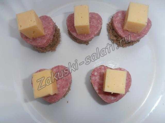 укладываем сыр