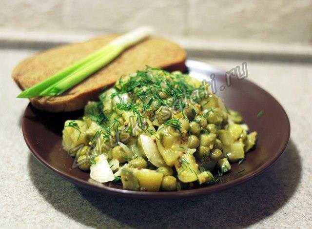 салат из картофеля и соленых огурцов