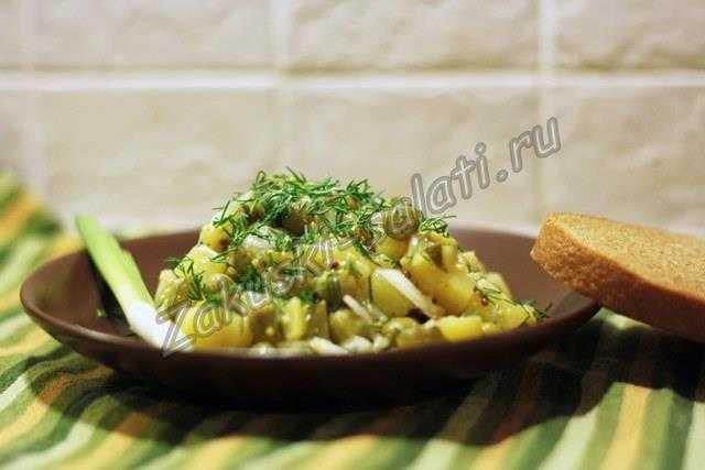 салат из вареной картошки