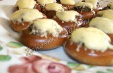Бублики, фаршированные мясом и грибами, рецепт в духовке