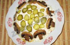 Рецепт мясного салата с шампиньонами