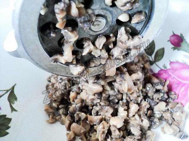 грибы через мясорубку