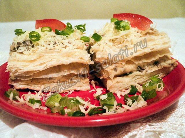 торт Наполеон  с грибами