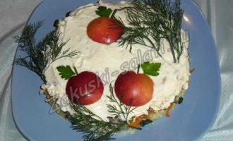 "Новогодний салат ""Яблоки на снегу"""