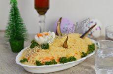 Праздничный салат «Рыбки в пруду»