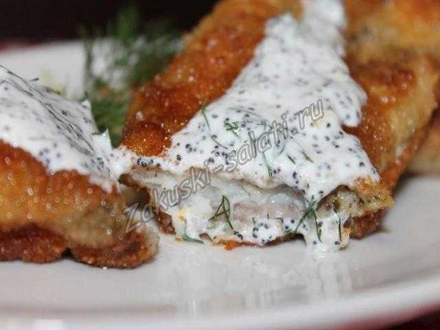 Рыба жареная с маковым соусом