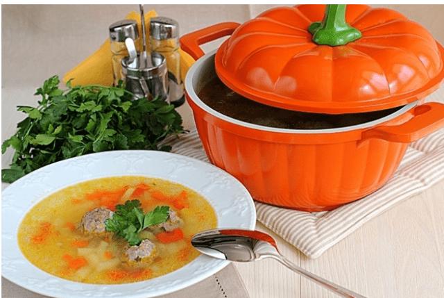 Подача супа к столу