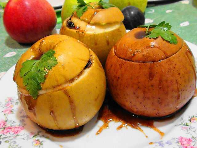 яблоки запеченные в фольге