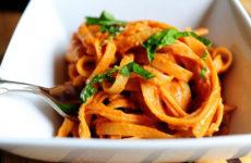 Спагетти с томатным соусом — блюдо для поста
