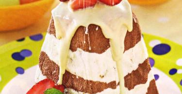 полосатый шоколадный кулич