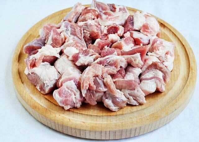 плов со свининой мясо